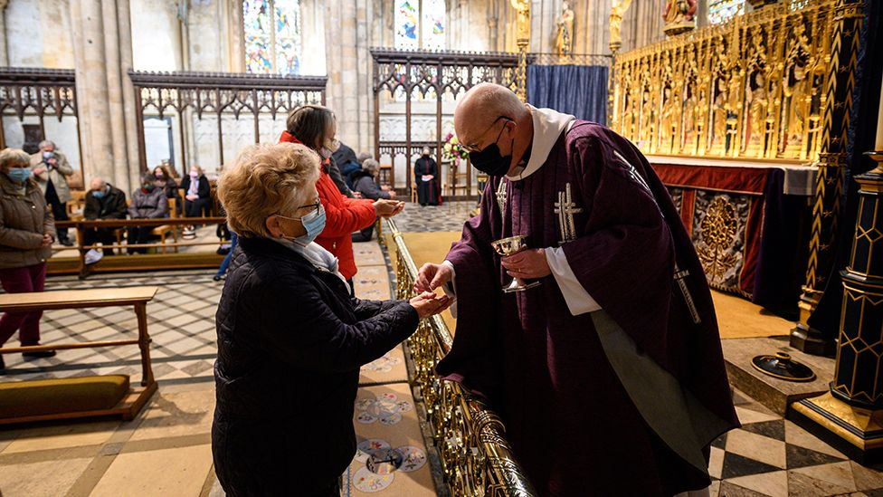 Communion at Ripon Cathedral, Ash Wednesday 2021