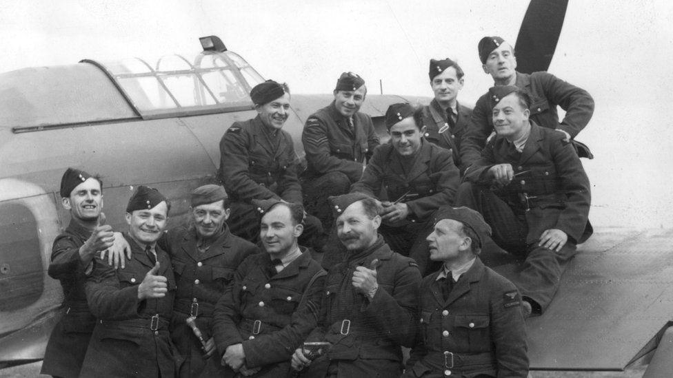 Czechoslovak pilots in RAF, Oct 41 pic