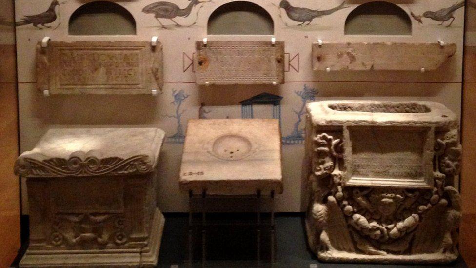 Roman columbarium