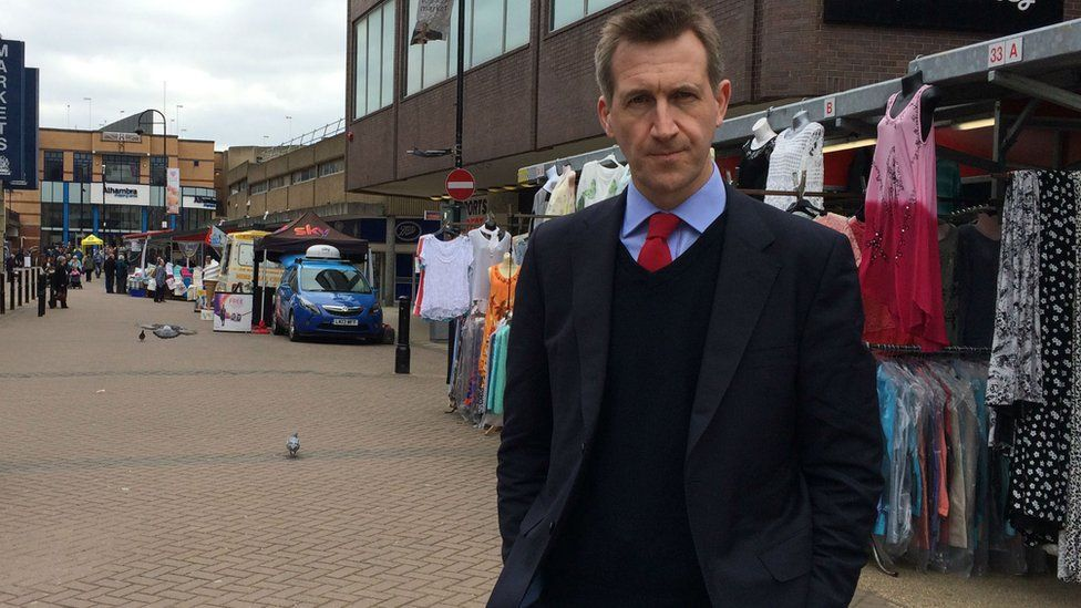 Dan Jarvis out in his constituency trying to persuade voters to stay in the EU