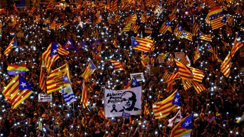 People take part in a rally of Catalan separatist organisations in Madrid, March 2019