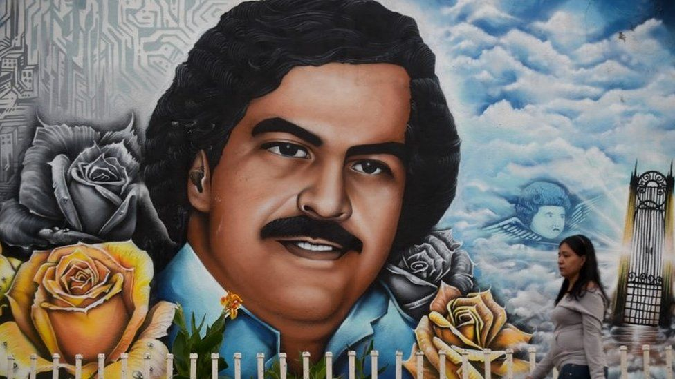 A graffiti of late Colombian drug lord Pablo Escobar at the neighborhood that has his name in Medellin, Colombia (08 September 2017)