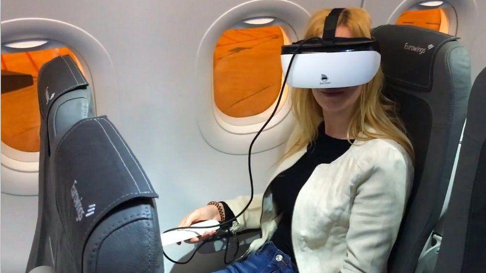 ExChimp AI1 VR headset