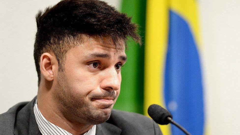 David Miranda sustituirá a Wyllys en el congreso brasileño.