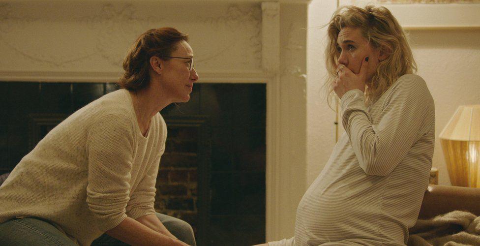 Molly Parker as Eva and Vanessa Kirby as Martha