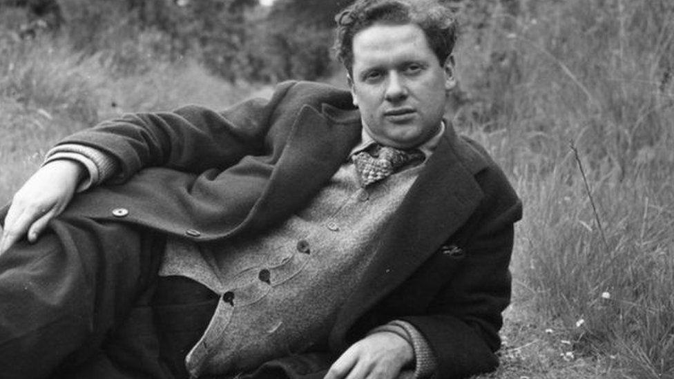 Dylan Thomas in 1946