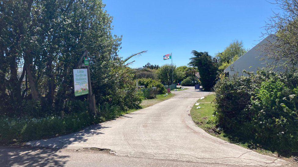 The entrance to the Little Trethvas campsite