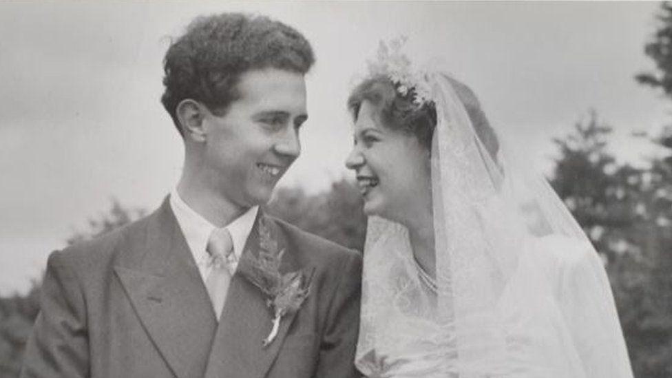 Bob and Norma Beasley on their wedding day