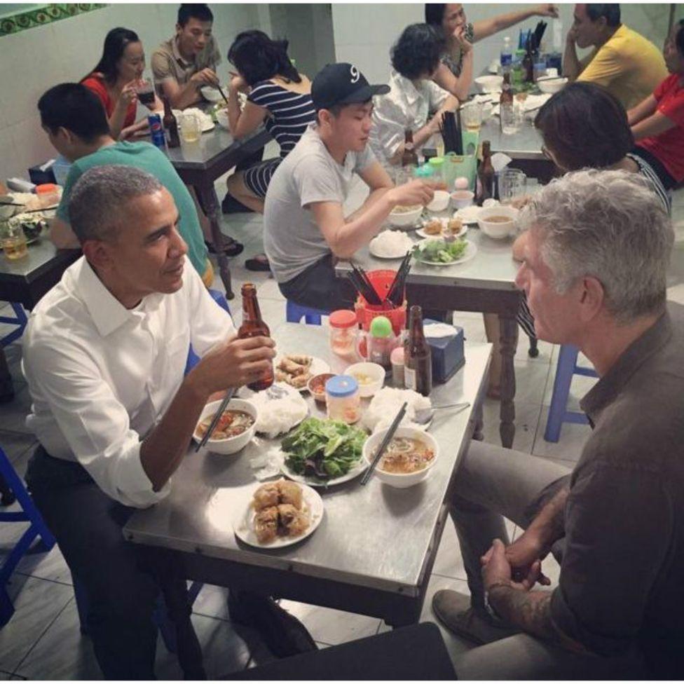 Seis curiosidades sobre o jantar de US$ 6 de Obama com chef estrelado no Vietnã