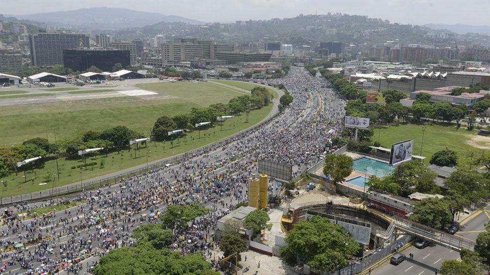 Para onde vai a Venezuela? 4 possíveis cenários após a onda de protestos no país