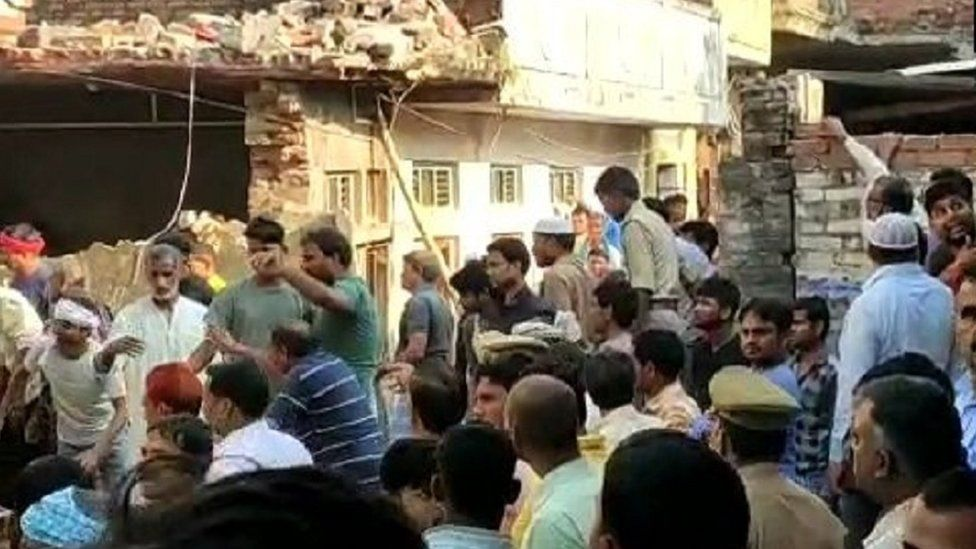 Cooking gas cylinder blast kills 10 in India
