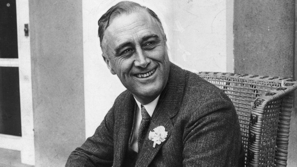 Presidient F.d. Roosevelt seated