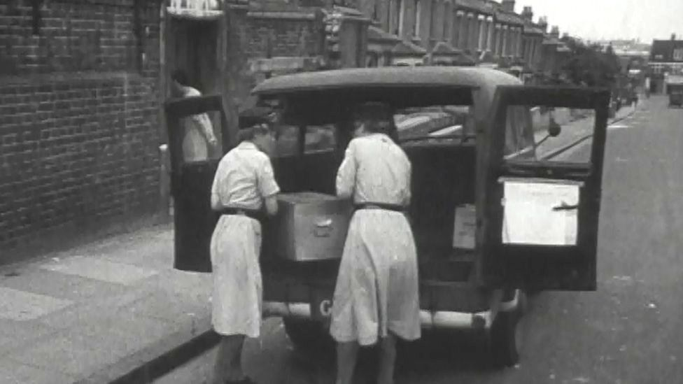 Early meals on wheels service