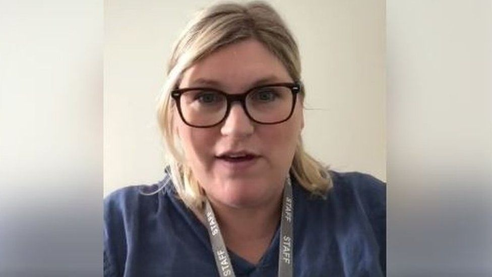 Dr Anna Chiles