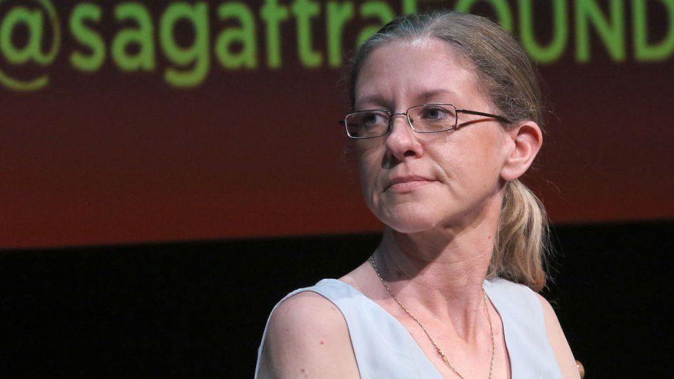 """""""Official Secrets"""": Katharine Gun, la joven traductora que reveló las """"sucias estrategias"""" de Estados Unidos sobre la guerra de Irak"""