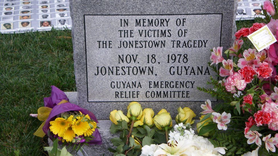 Headstone commemorating the victims