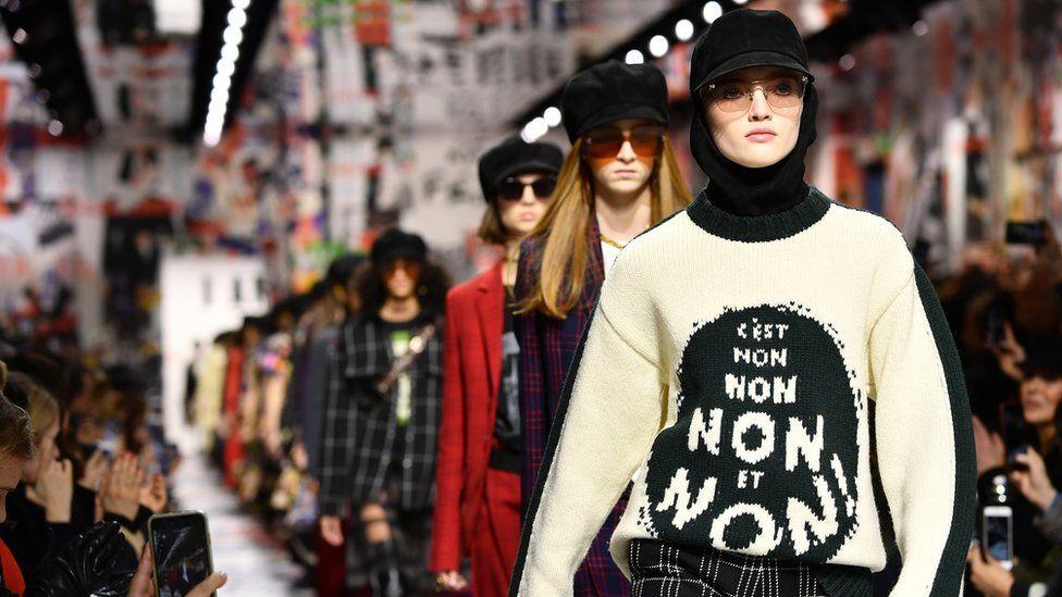 Dior slogan jumper
