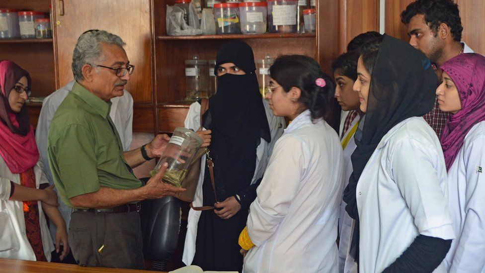 Vice Chancellor with Medical Students with Medical Students, Islamabad