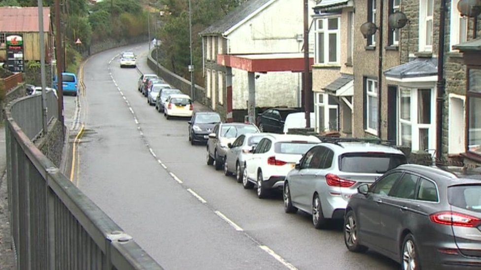 A470 past their house