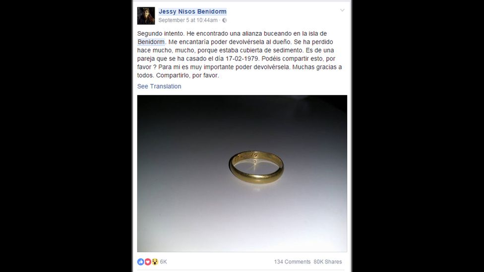 Second try. I found a wedding ring diving off the island of Benidorm. I wish I could give it back to the owner. It has been lost for a long, long time because it was covered in sediment. It is from a couple who got married on 17-02-1979. Could you share this please? It's important to me to return it. Many thanks to all. Please share this.