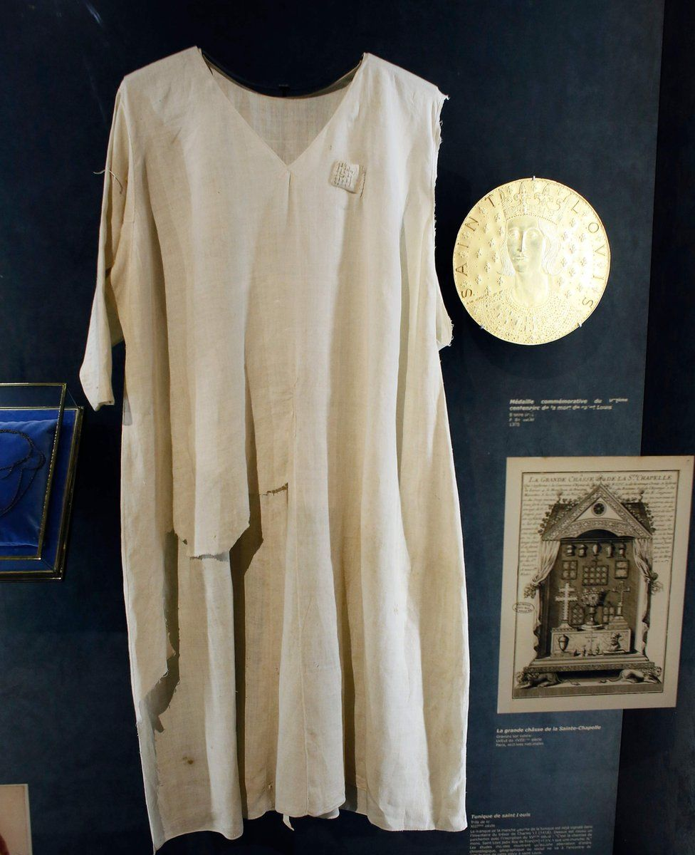 Tunic of St Louis