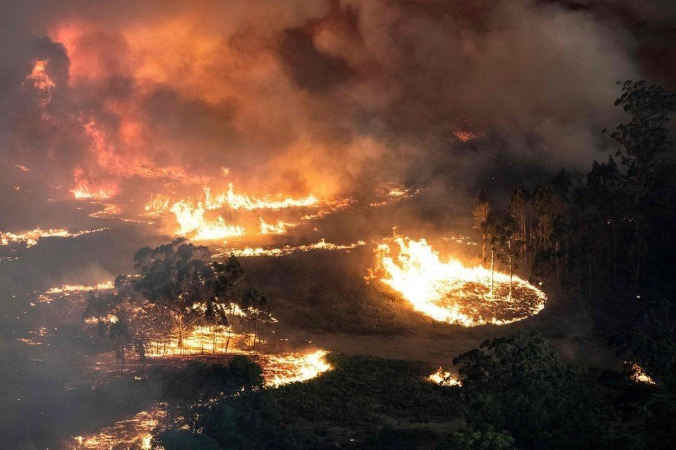 Fires rage near Bairnsdale in the East Gippsland region, Victoria