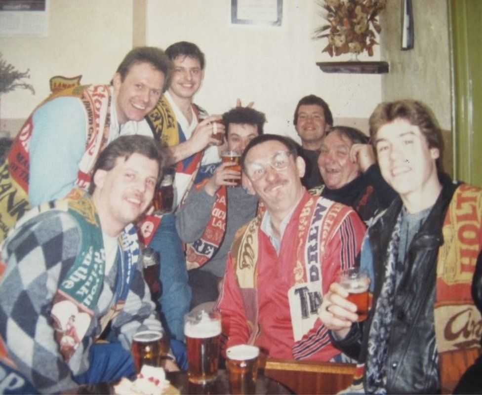 Black Country Ale Tairsters at the Railway Tavern in Kidderminster, Worcestershire, on 21 February, 1988