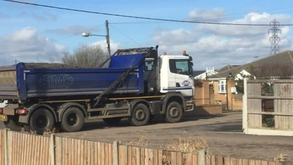 Lorry arriving at Hovefield, Essex