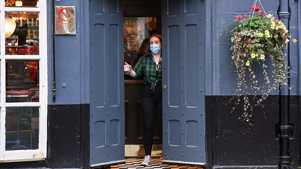 Scottish pub closes its doors