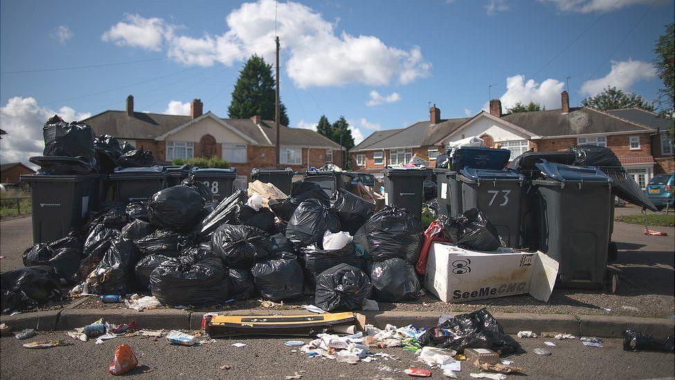 Uncollected waste in Alum Rock, Birmingham in 2017