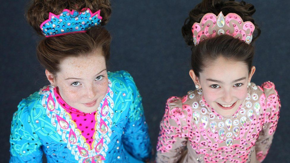 Dancers Eva Smith and Cliodhna McGoran from Ferris School of Dancing