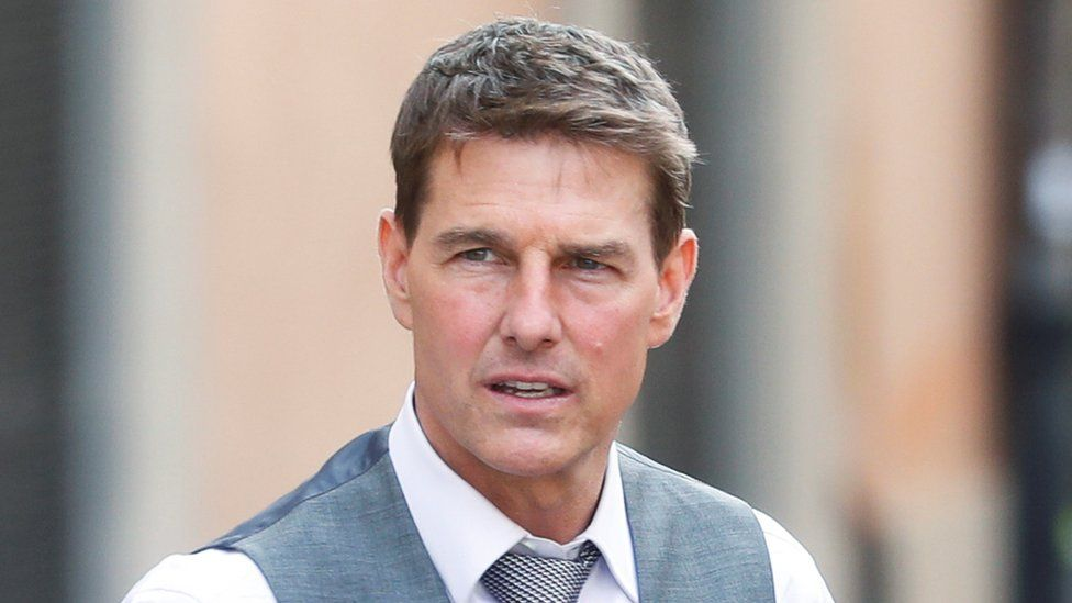 Tom Cruise: Recording emerges of star 'shouting at film crew' over Covid - BBC News