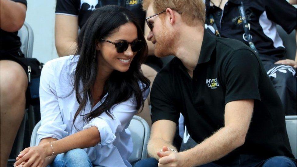 بعد إعلان تخليهما عن المهام الملكية، محطات في رحلة الأمير هاري وزوجته ميغان