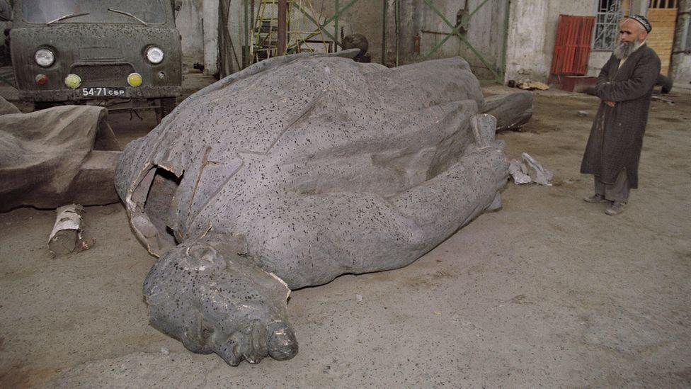 Demolished Lenin statue, Dushanbe, Tajikistan, 1991