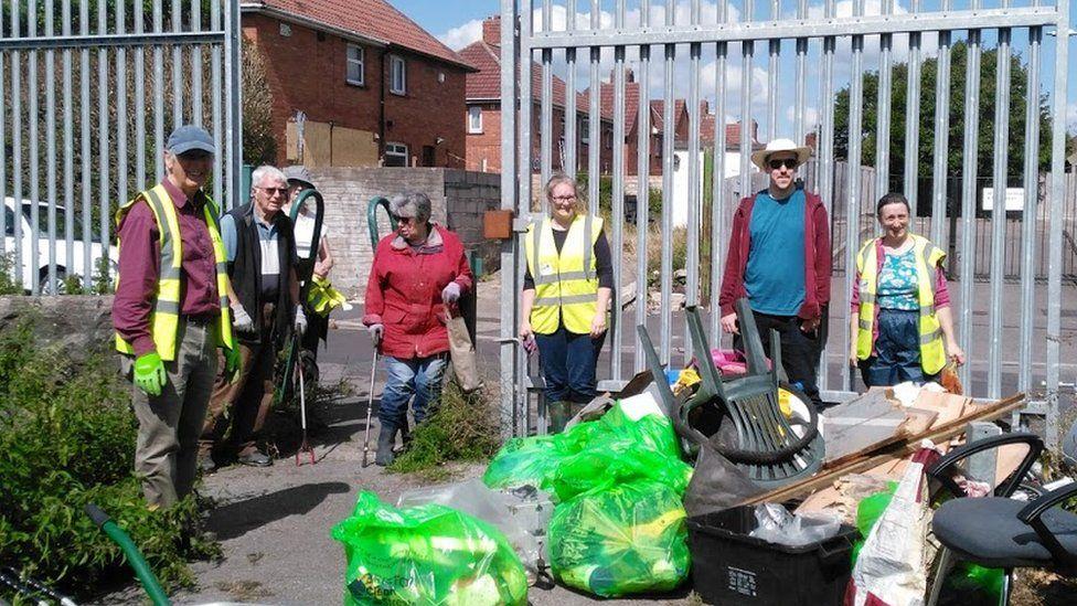 Volunteers in Southmead