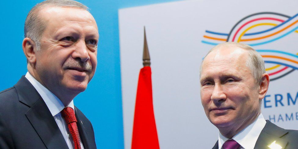 Russia's President Putin (R) and Turkey's President Erdogan, at G20 in Hamburg, July 2017