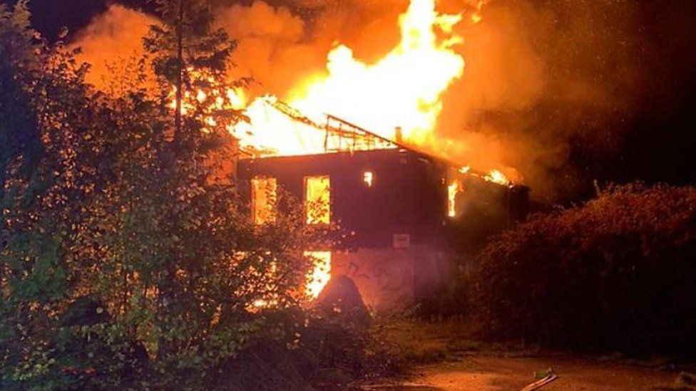Fire at former squash club
