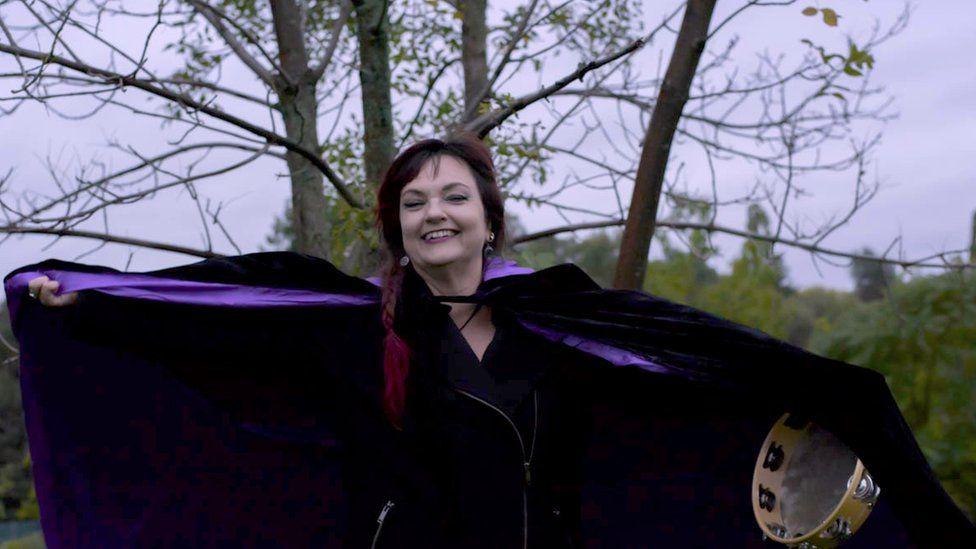 Monica Bodirsky, Toronto witch