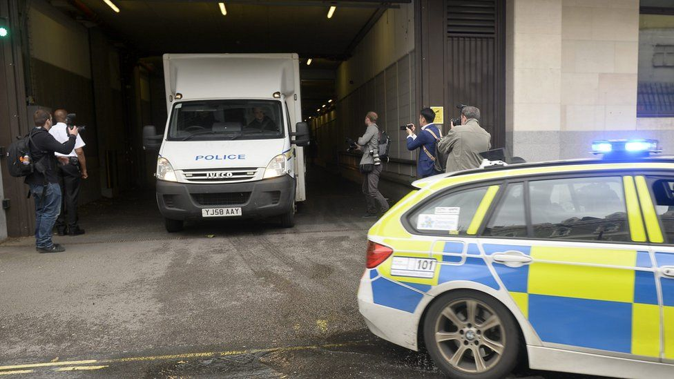 A convoy of police vehicles believed to be transporting murder suspect Tommy Mair leaves Westminster Magistrates Court