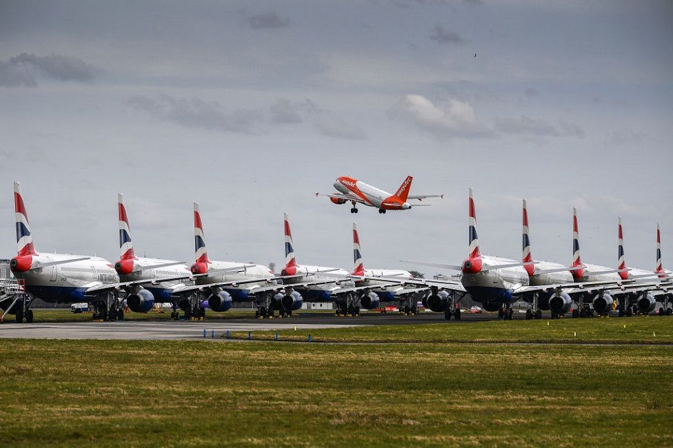 Planes grounded at Glasgow airport