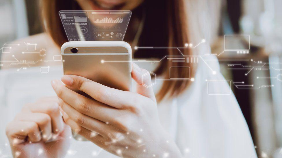 Cómo transformar tu teléfono celular en una computadora