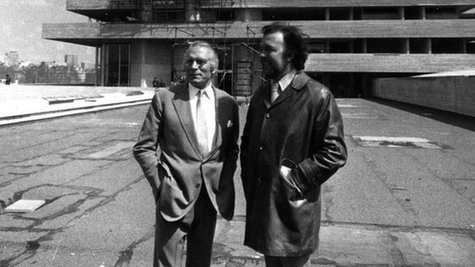 Laurence Olivier & Peter Hall