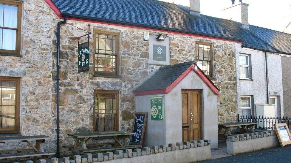 Tafarn y Fic, Llithfaen, Gwynedd