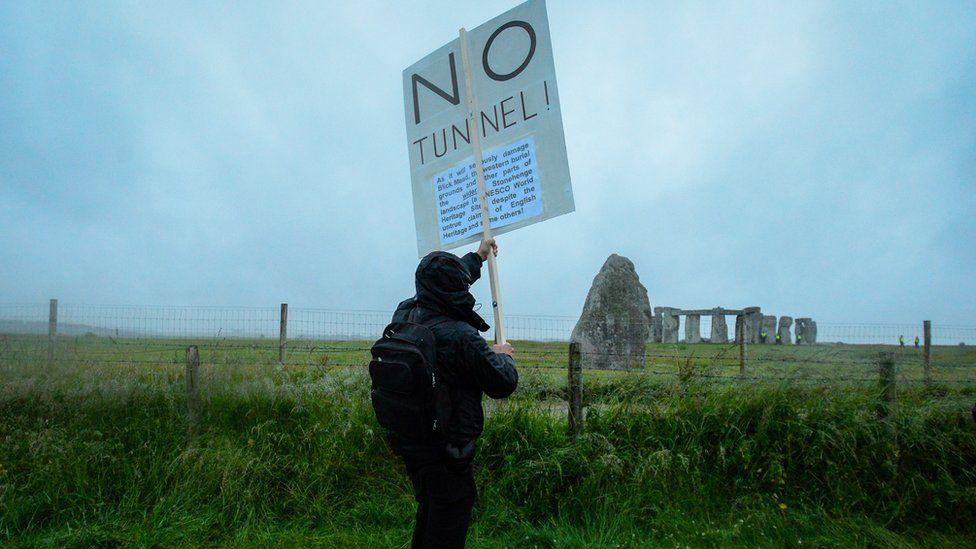 Stonehenge tunnel protester