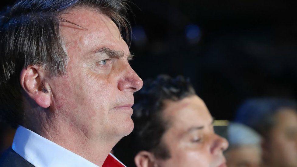 Como Bolsonaro justifica a troca de diretor, nome e 'casa' do Coaf