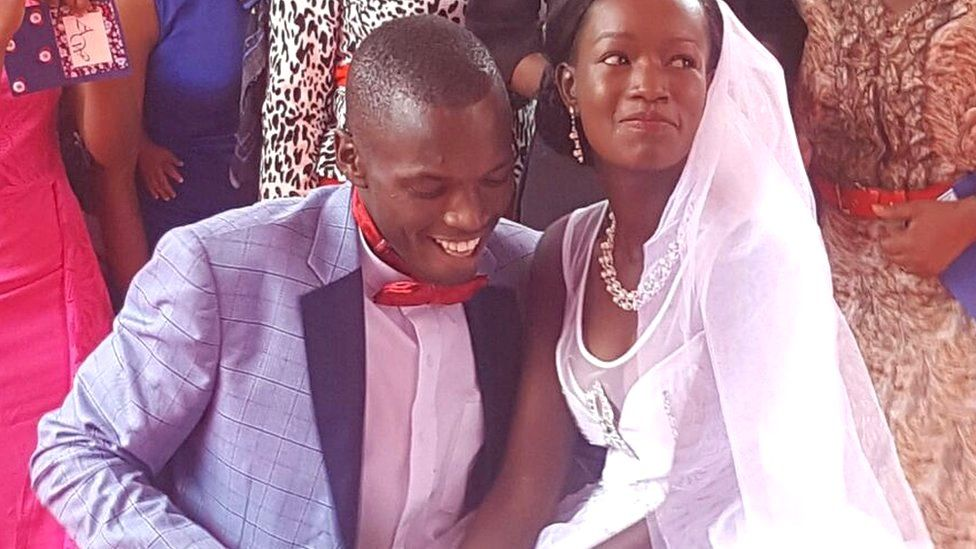 زفاف فخم مكافأة لزوجين كينيين أنفقا دولارا واحدا على حفل زفافهما