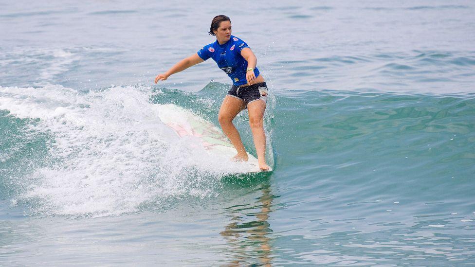 Bianca Valenti competes in Biarritz, France, in 2006