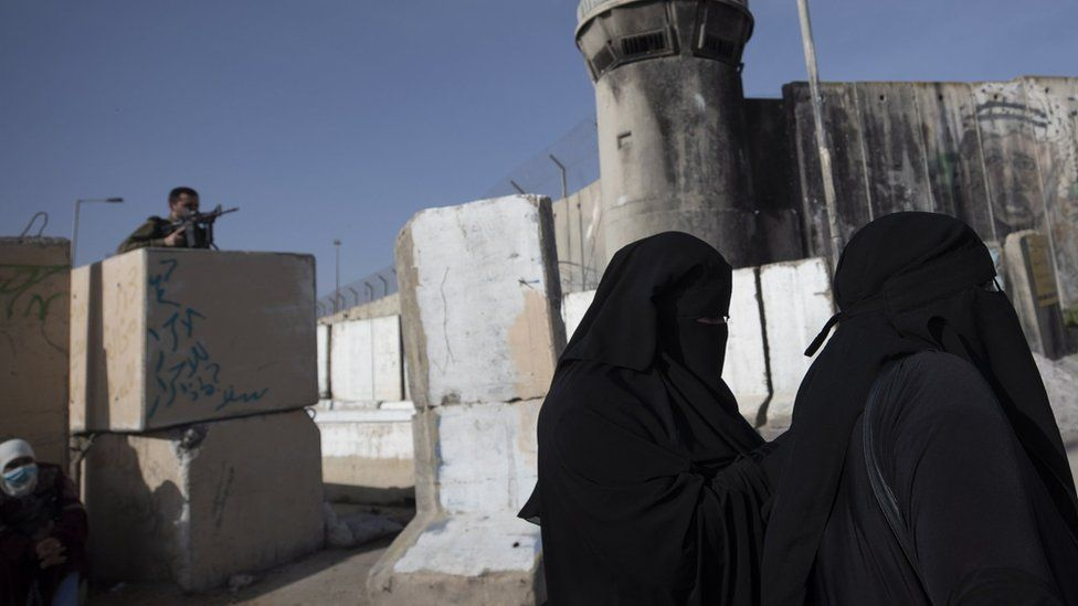 Israel committing crimes of apartheid and persecution - HRW thumbnail