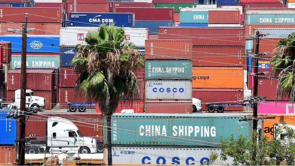 ماذا بعد فرض ترامب تعرفة جمركية جديدة على السلع الصينية؟