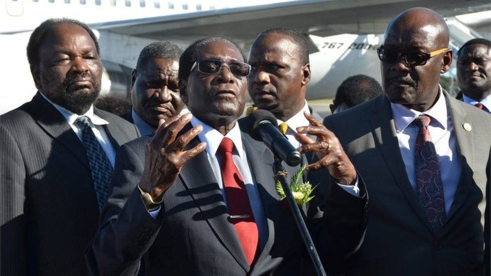 Zimbabwe's President Robert Mugabe makes a statement upon his arrival to International Airport Jose Marti in Havana, Cuba, 29 November 2016